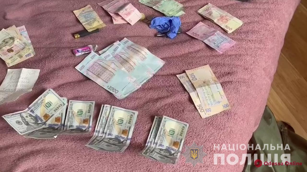 В Одесской области бандиты два месяца держали в заложниках и жестоко пытали двух граждан Греции (фото, видео)
