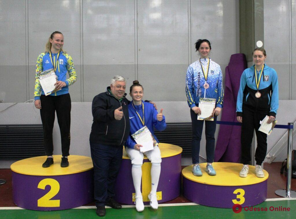 Фехтование: одесситы завоевали золотые медали чемпионата Украины