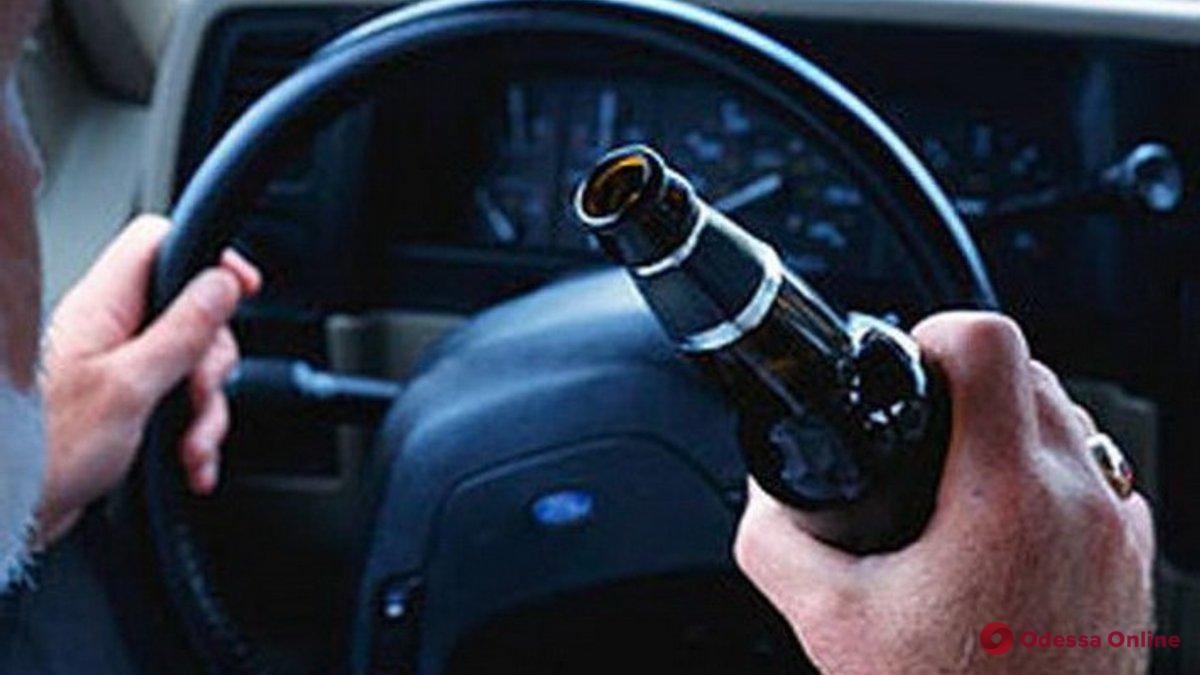 Одесские патрульные за ночь поймали 12 пьяных водителей