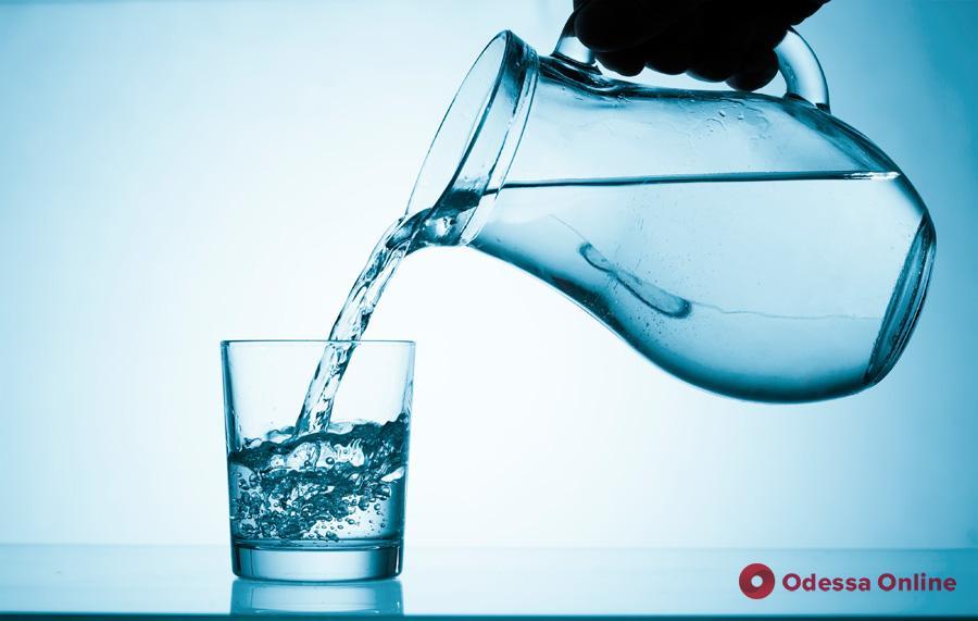 В Одесской области вода не соответствует нормам в одном поселке, трех городах и двух селах