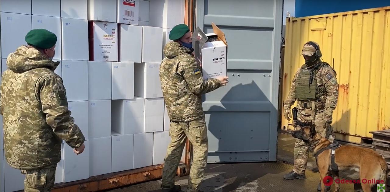 В Одесском порту насчитали сигарет «для Duty Free» на 145 миллионов