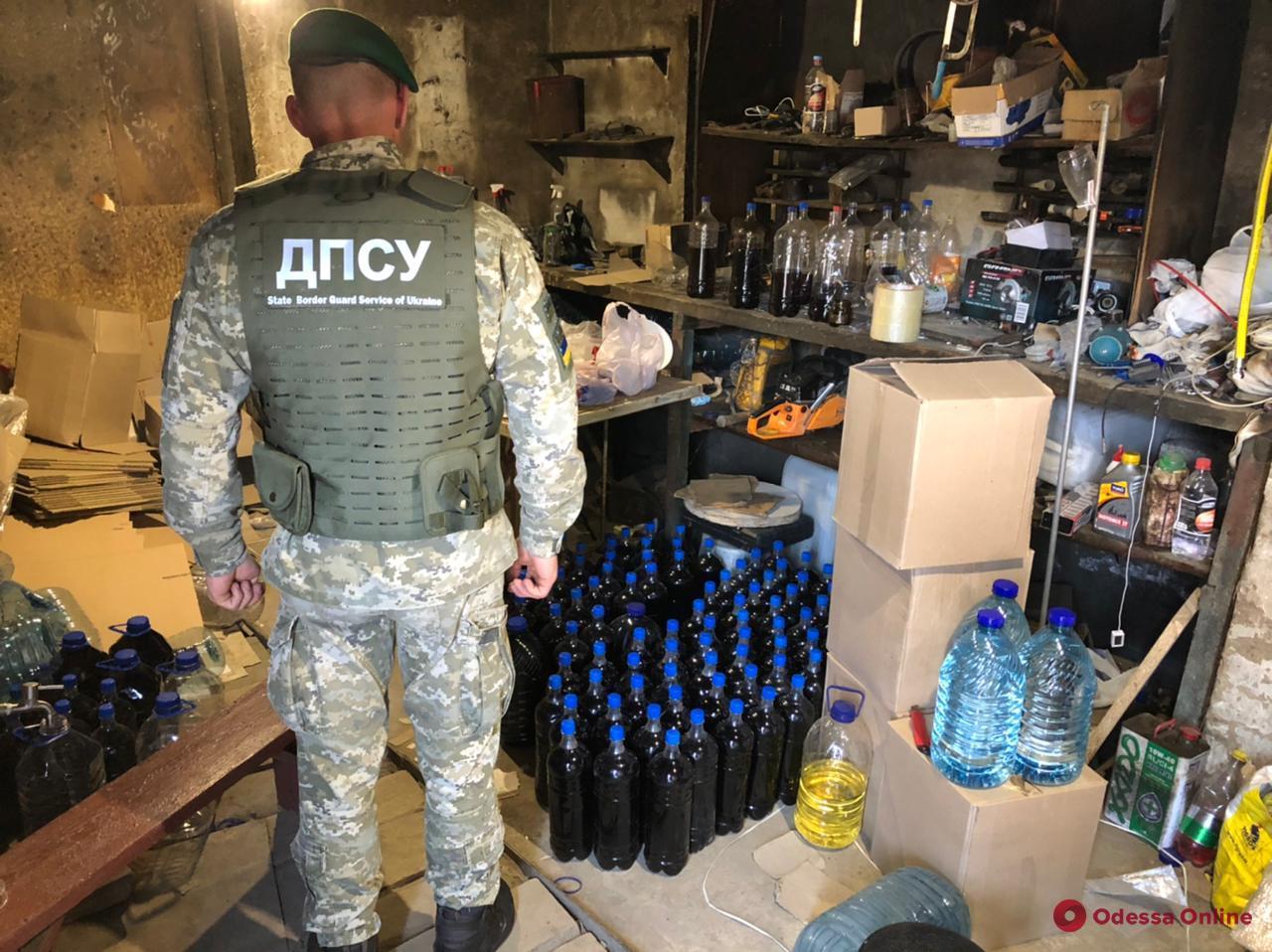 На юге Одесской области в подпольных цехах нашли контрафактного алкоголя на миллион триста тысяч