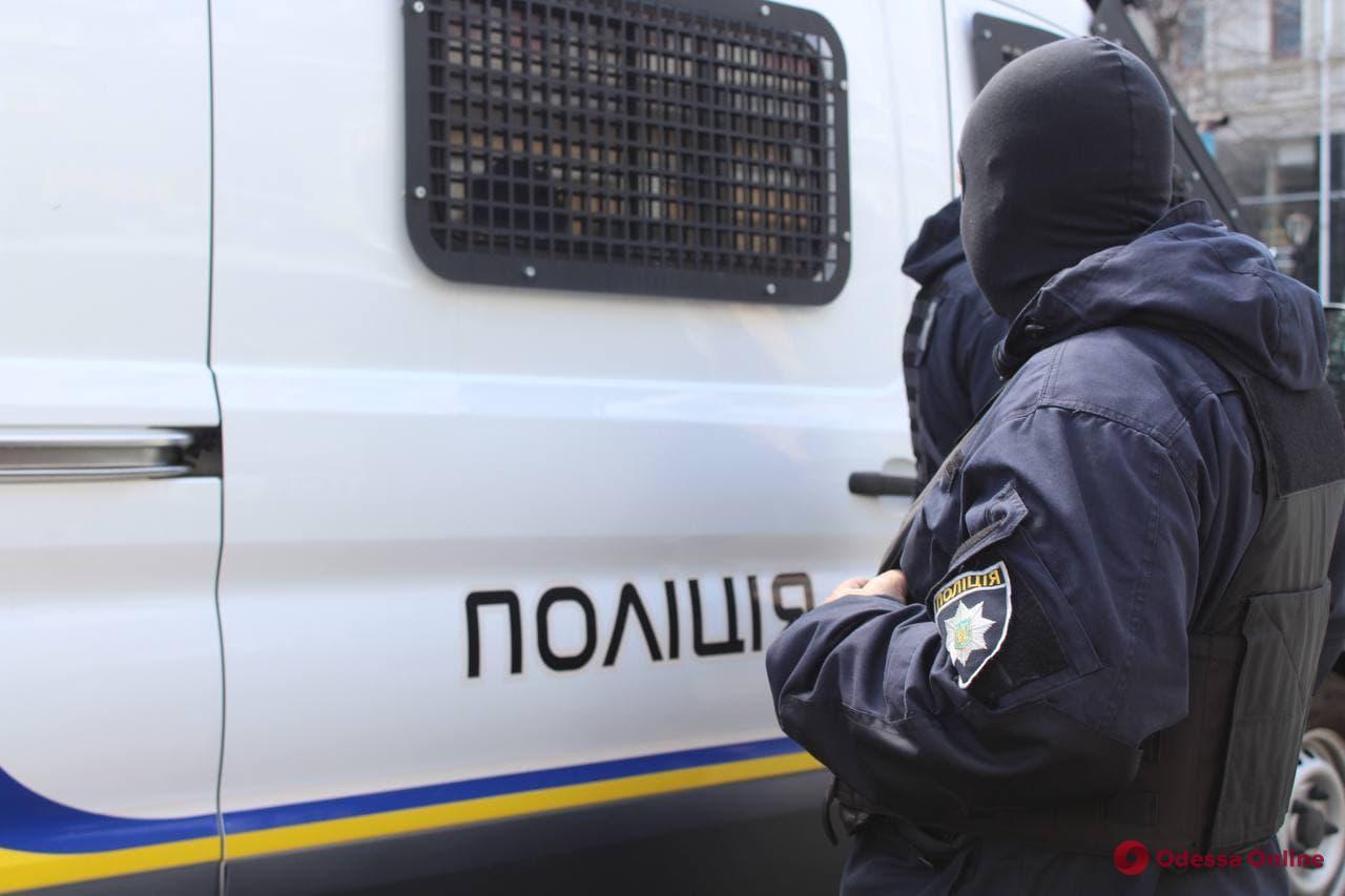 В Одессе задержали троих банкоматных воров