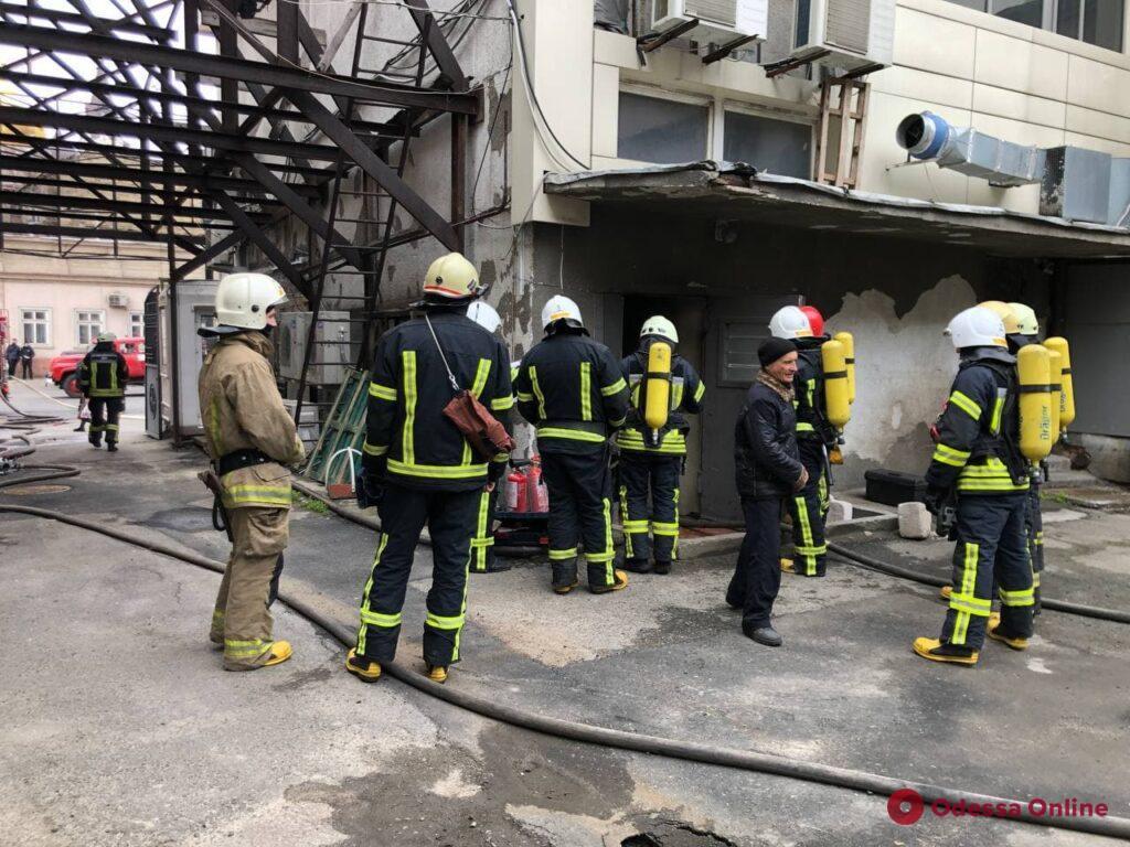 Из-за пожара в гостинице «Черное море» перекрыта Малая Арнаутская