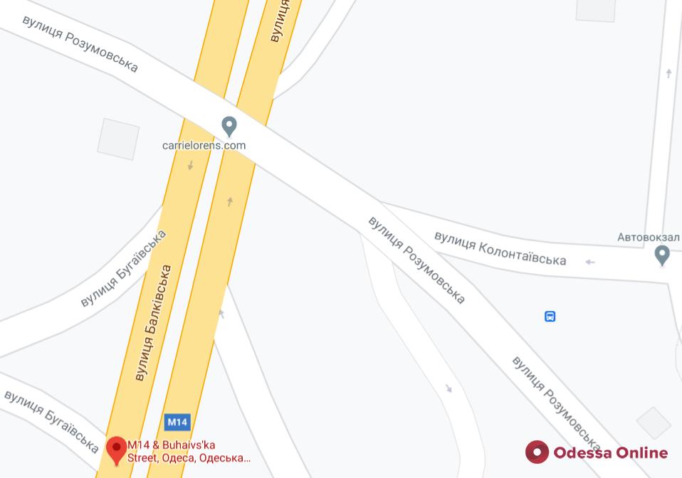 У одесского автовокзала до вечера отключили светофоры