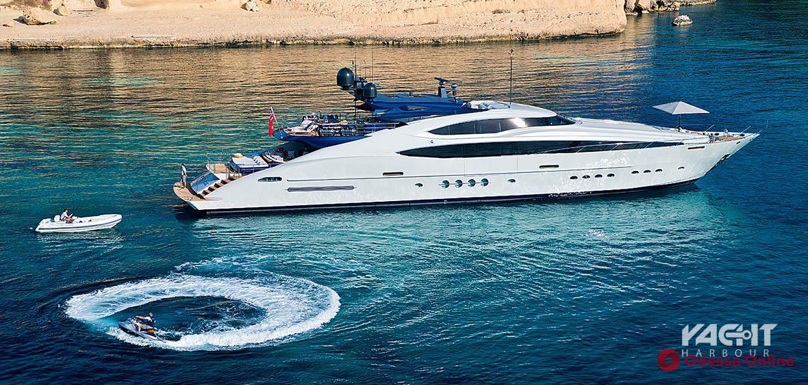 Налетай, подешевело: украинский олигарх Пинчук продаёт свою яхту за ,9 млн (фото)