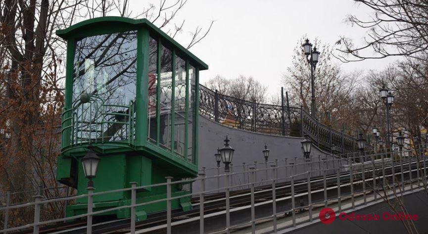 В Одессе заработал фуникулер