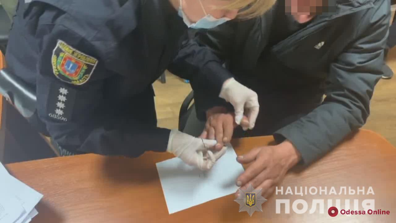 Возле магазина на поселке Котовского произошла поножовщина