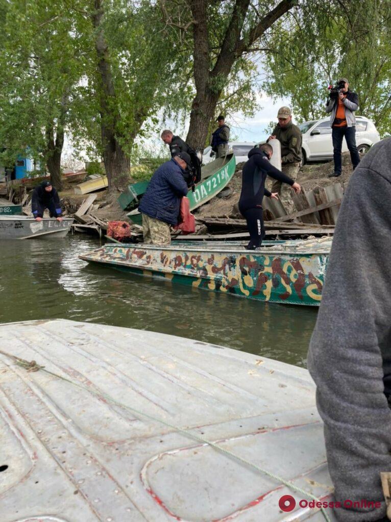 На озере под Одессой перевернулась лодка с пограничниками – трое спаслись, четвертого ищут (обновлено)