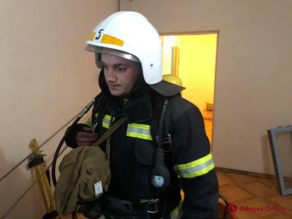На поселке Котовского горела 16-этажка