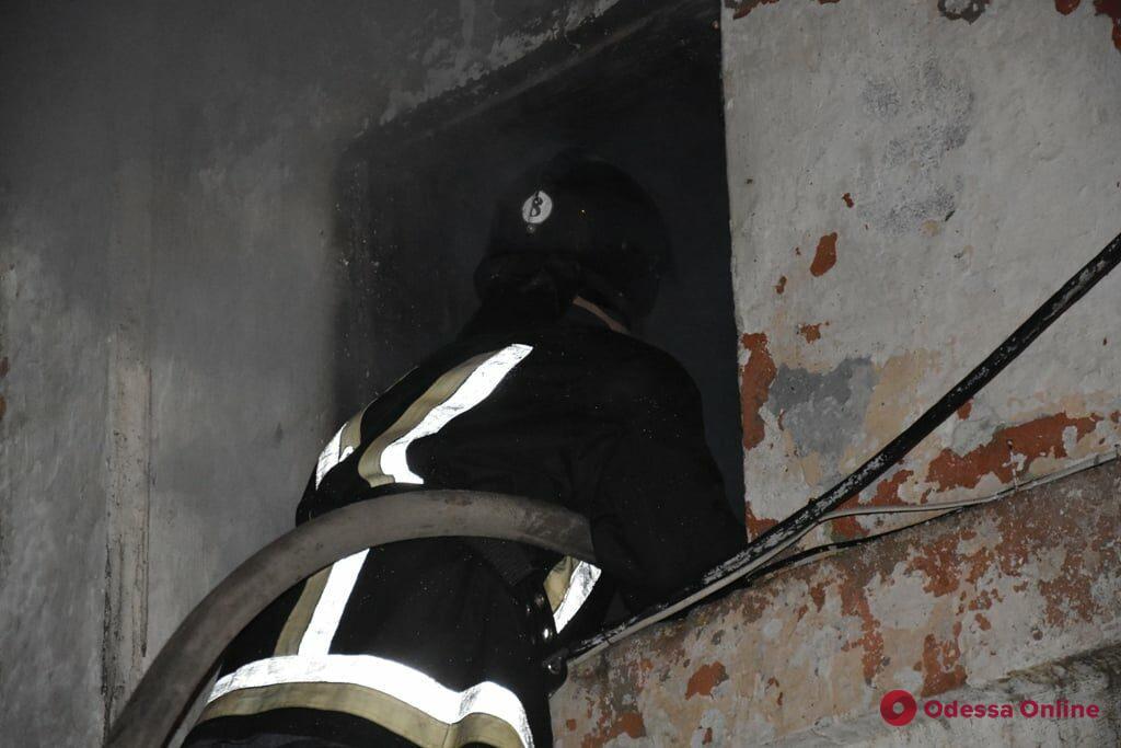 На Еврейском кладбище во время пожара пострадала бездомная – женщина скончалась в больнице
