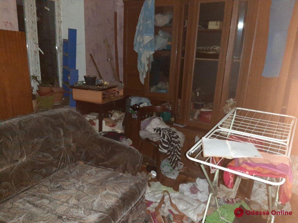 В Одессе у горе-родителей забрали троих детей (фото)