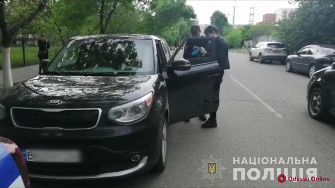 На Молдаванке дорожный конфликт закончился стрельбой — есть пострадавшие