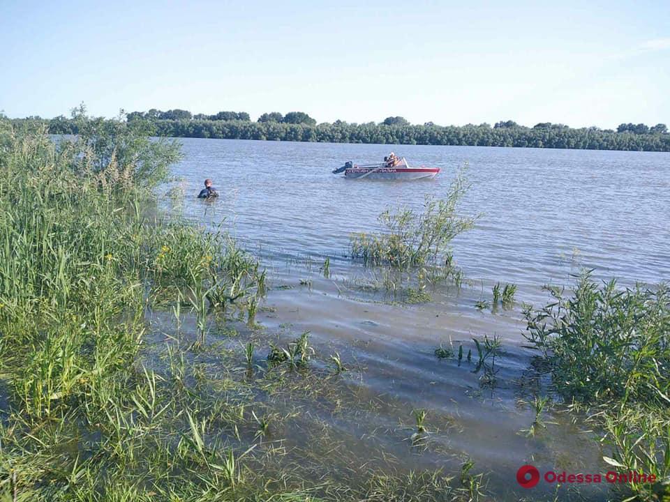 Продолжаются поиски пропавшего 16-летнего подростка, который отправился купаться на Дунай