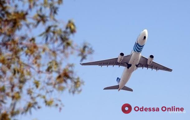 Украина прекращает авиасообщение с Беларусью с 00.00 26 мая