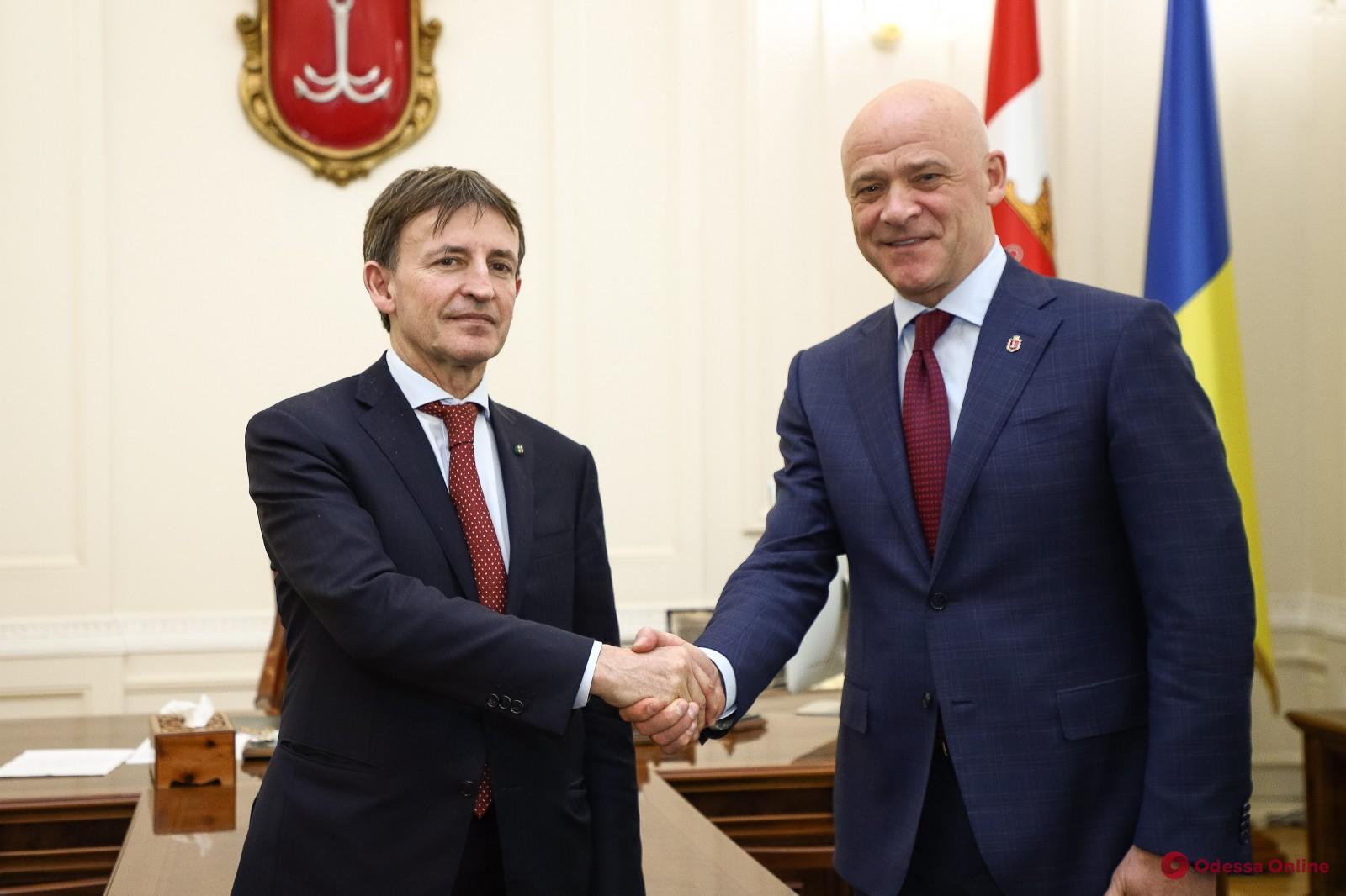 Мэр Одессы Геннадий Труханов встретился с послом Италии в Украине Пьером Франческо Дзадзо