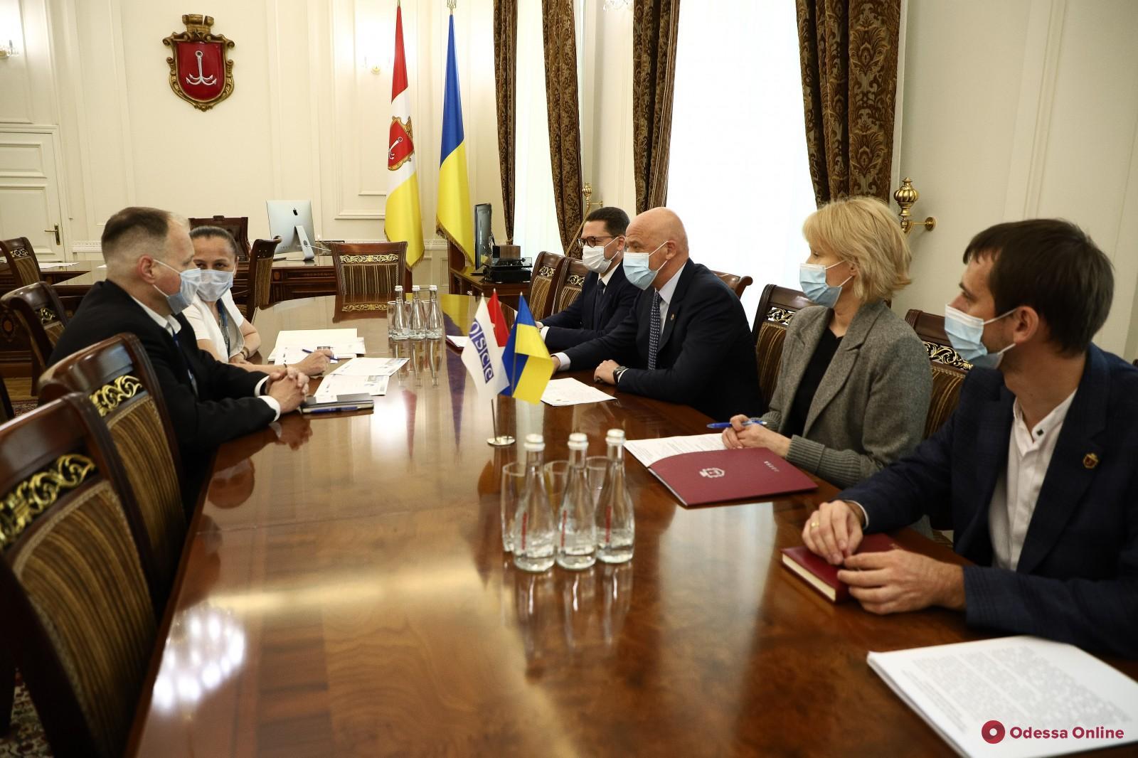 ГеннадийТруханов встретился с руководителем специальной мониторинговой миссии ОБСЕ в Одессе