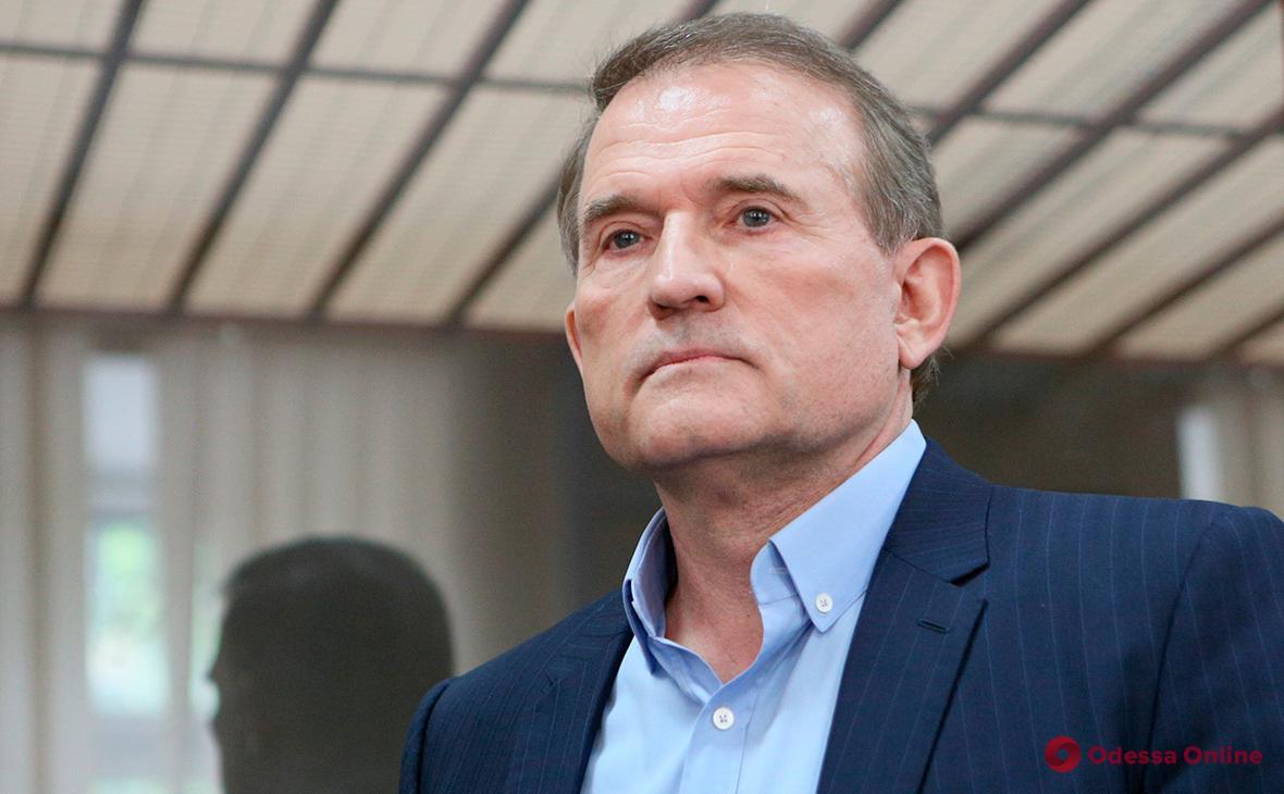 Домашний арест: суд отказался отправлять нардепа Медведчука в СИЗО