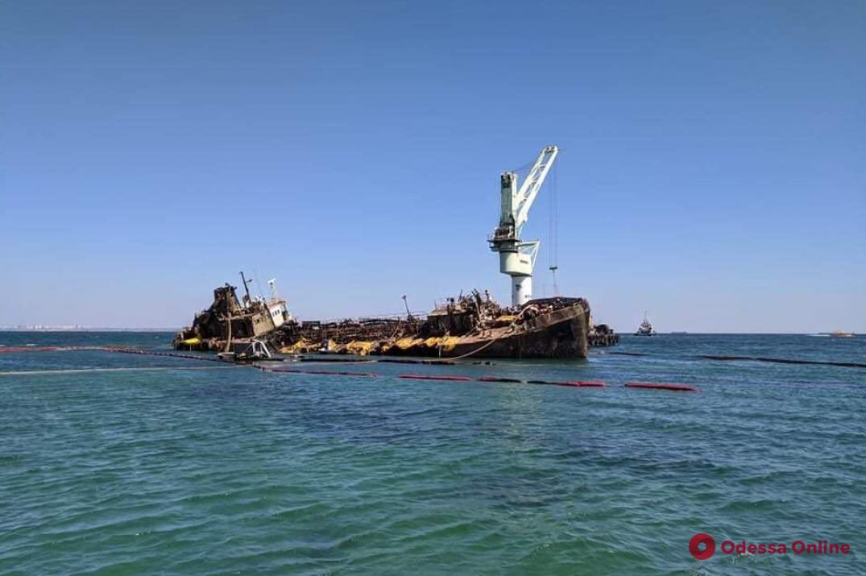 Одесский суд признал танкер Delfi собственностью государства