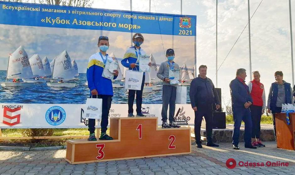 Парусный спорт: юные одесситы успешно выступили на Кубке Азовского моря