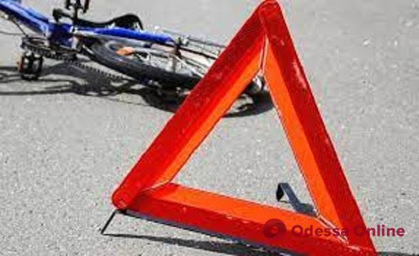 В районе Аркадии велосипедист сбил женщину