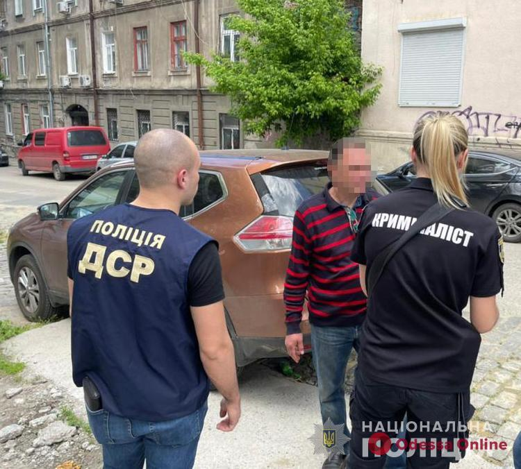 Полицейские поймали на взятке директора коммунального предприятия Одесского горсовета