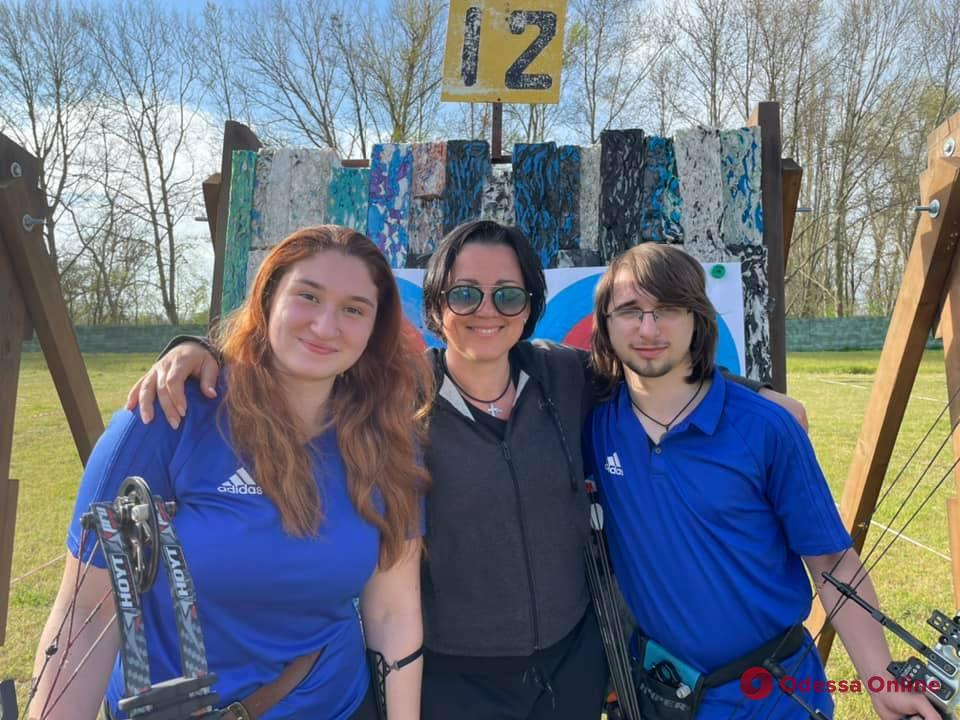 Стрельба из лука: одесситы завоевали медали командного чемпионата Украины