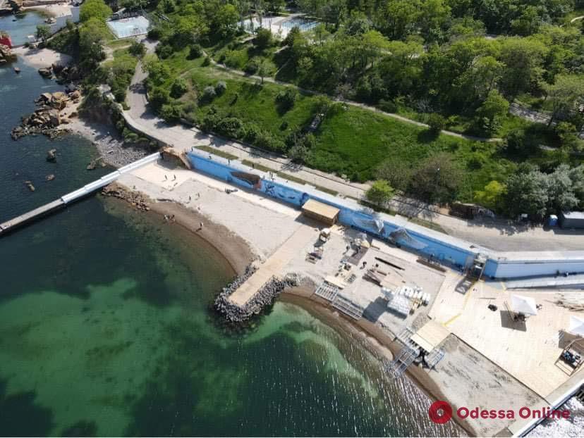 В Одессе заканчивается строительство первого в Украине инклюзивного пляжа