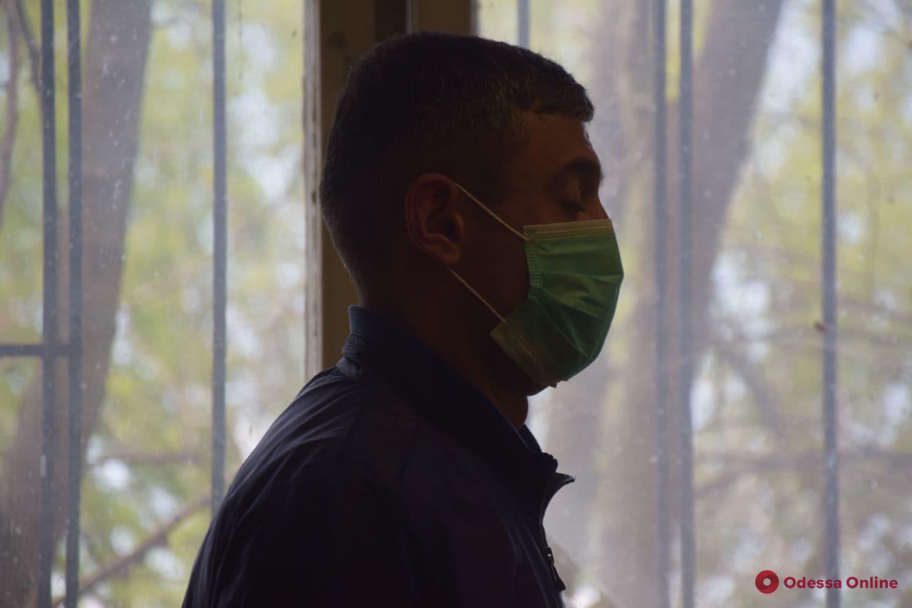 Дело о жестоком избиении ветерана АТО: пострадавший подал иск на возмещение ущерба, но адвокат подозреваемого не явился на заседание
