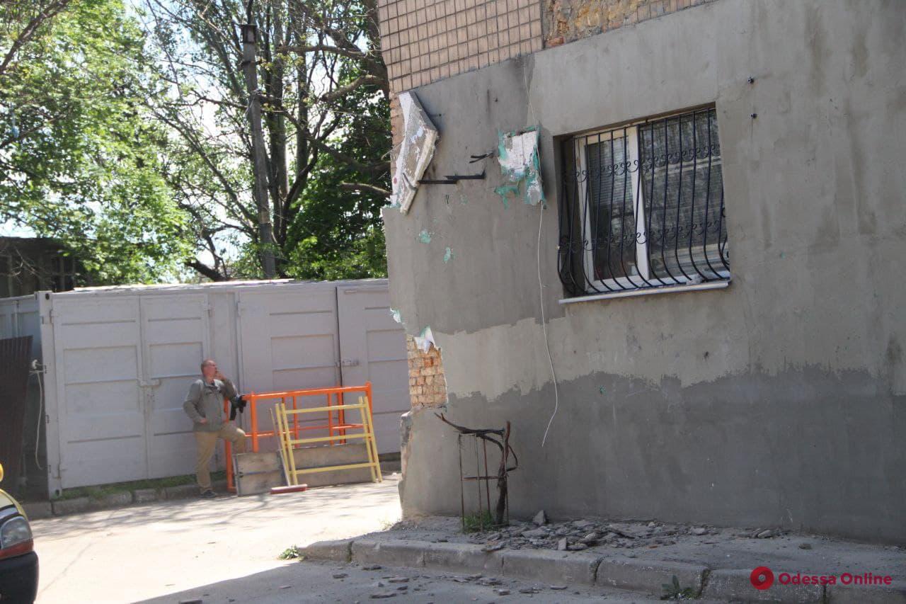 В доме в Хуторском переулке, где произошел взрыв газа, продолжают разбирать завалы