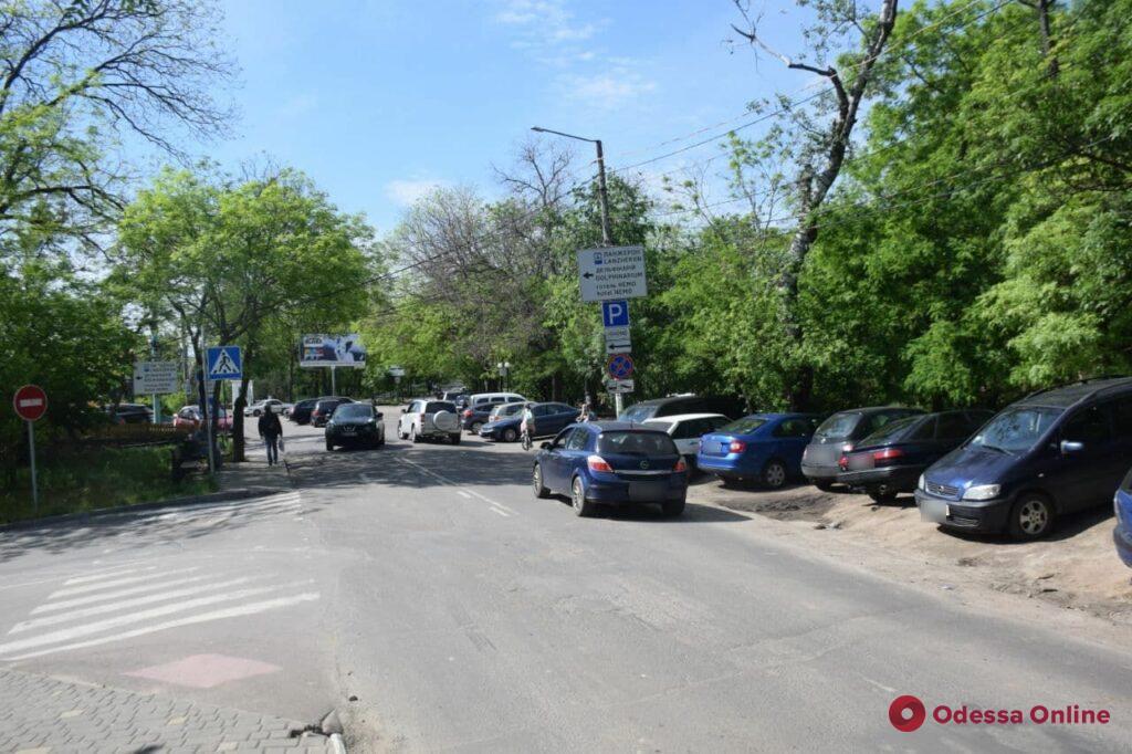Пляжные парковки: во сколько одесситам обходится проехать к морю на авто (фото)
