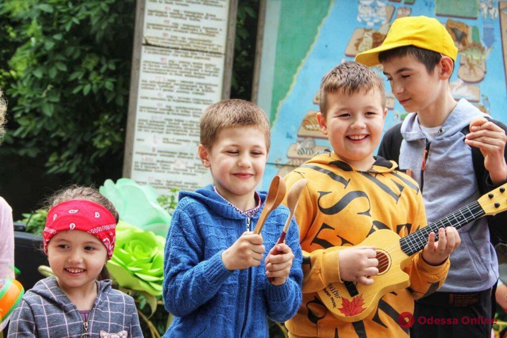 Песни о животных и не только: в Одесском зоопарке прошел праздник караоке (фото, видео)