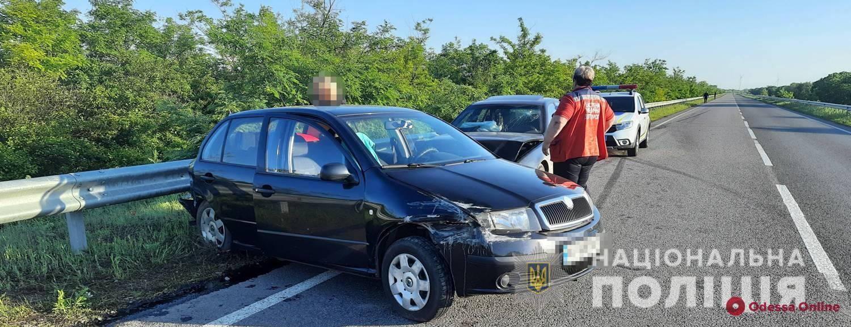 Устроил ДТП с пострадавшими на трассе Одесса-Рени и сбежал: полицейские поймали водителя BMW