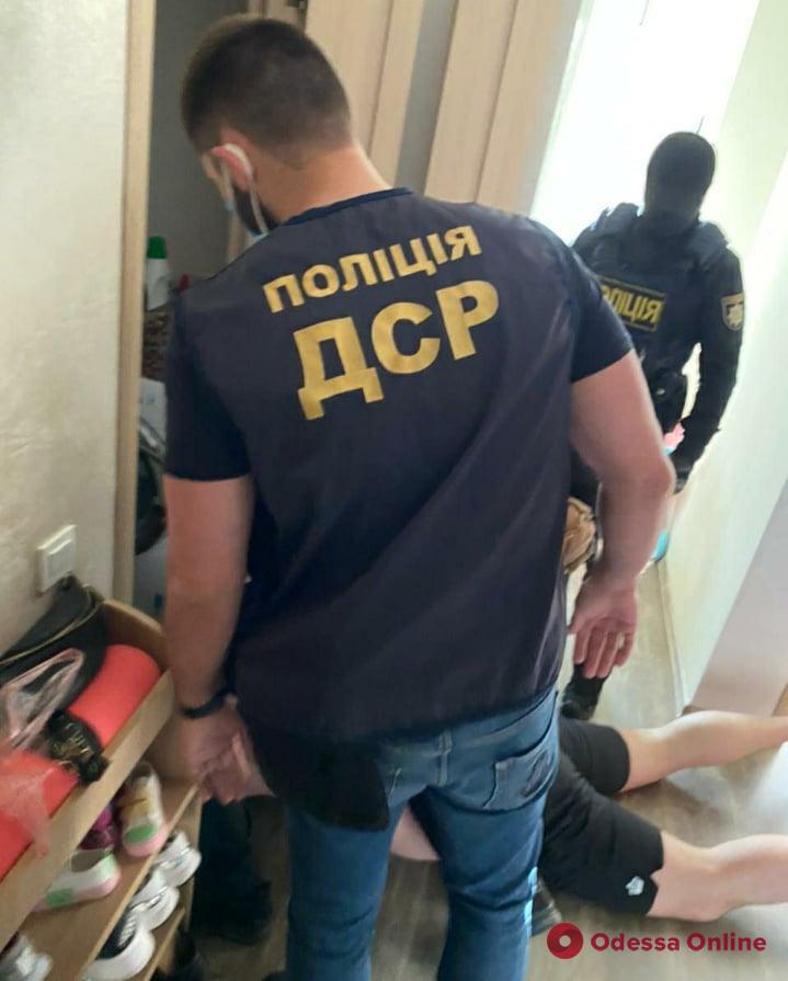 В Одессе разоблачили преступную группу, которая совершила разбойное нападение на машинистов тепловоза
