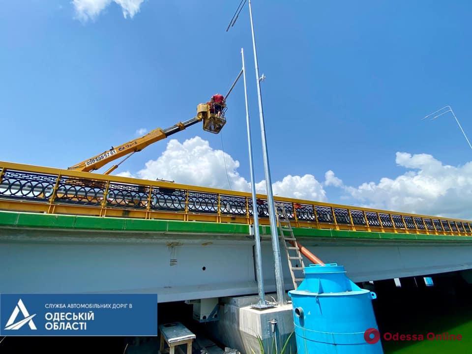 Движение по мосту через Хаджибейский лиман временно перекроют (схема объезда)