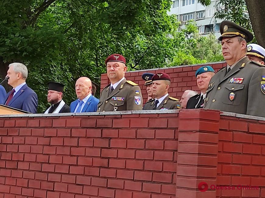 В Одессе около 300 молодых офицеров пополнили ряды Вооруженных сил Украины (фото)