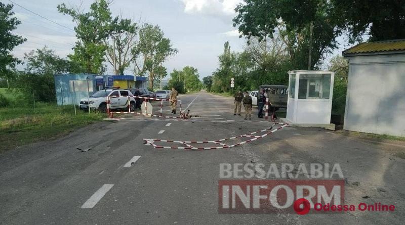 В Одесской области пьяный полицейский на «бляхе» врезался в пограничный пункт пропуска