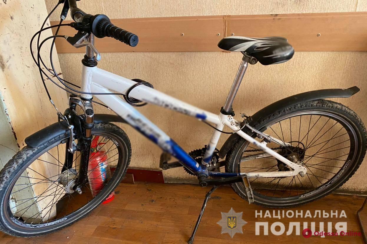 На Таирова подросток отобрал у 11-летнего мальчика велосипед