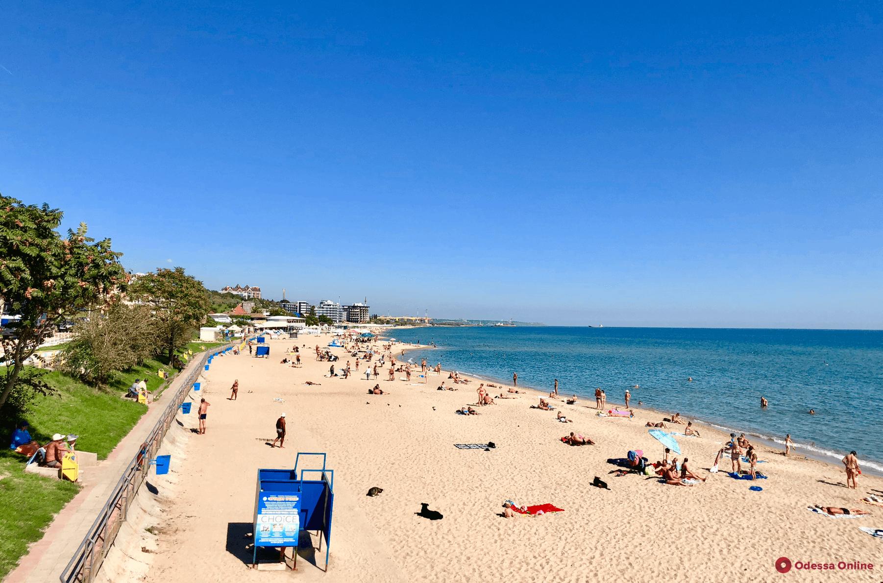 Аттракционам здесь не место: на территории городского пляжа Черноморска запретили размещение бассейнов