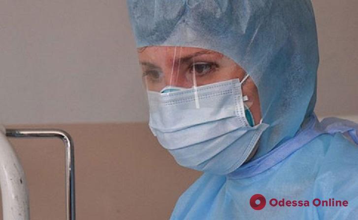 Владимир Зеленский подписал указ о повышении минимальных зарплат врачам до 20 тысяч