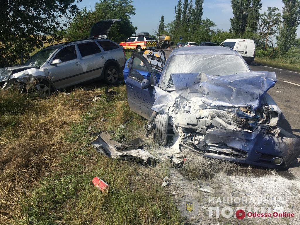Жуткое ДТП на трассе Одесса—Николаев: двое погибших и пятеро пострадавших