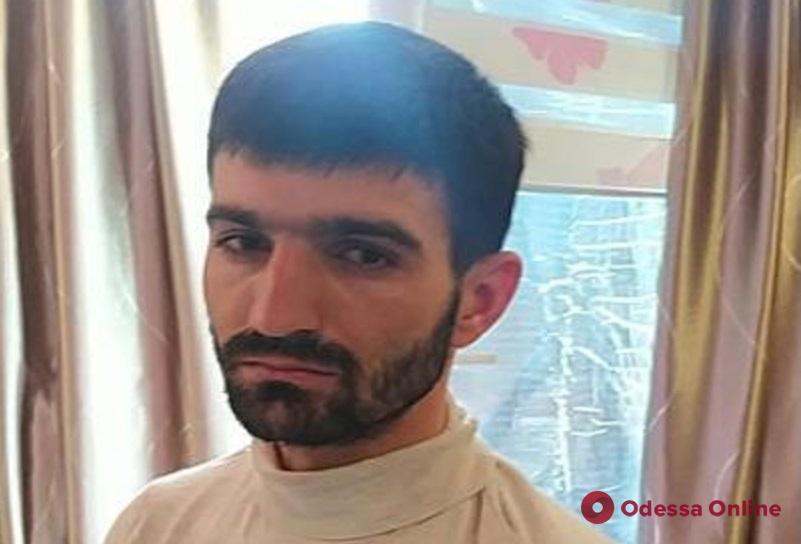 В Одессе из зала суда сбежал подозреваемый в разбое и угоне