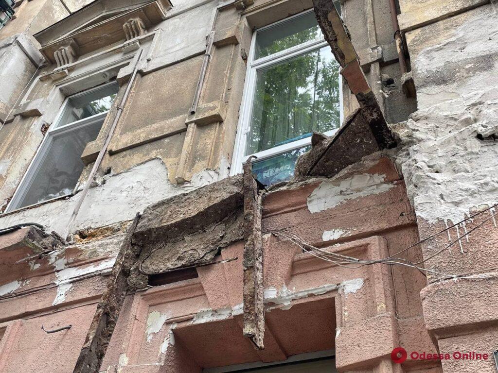 Невезучие: на Большой Арнаутской за три года рухнул уже второй балкон