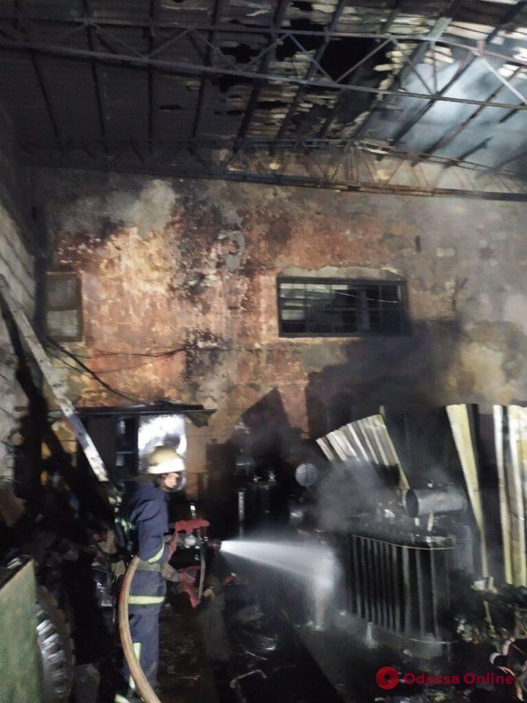 В Одесской области из-за короткого замыкания сгорел склад