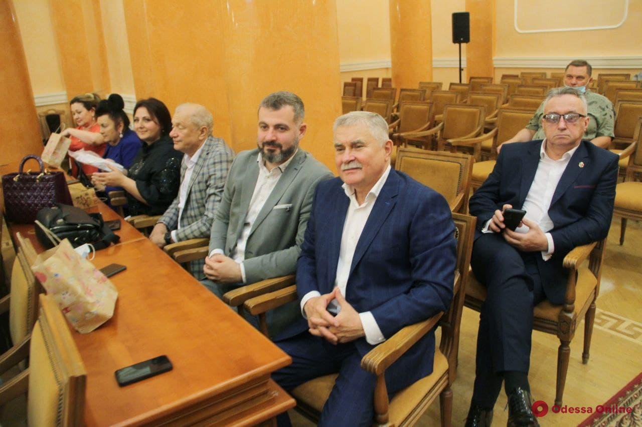 В Одессе чествуют медицинских работников