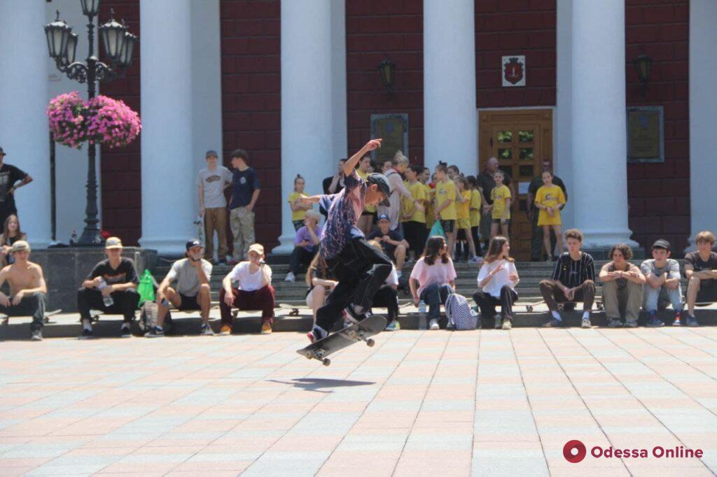 В Одессе отметили Международный день скейтбординга (фоторепортаж)