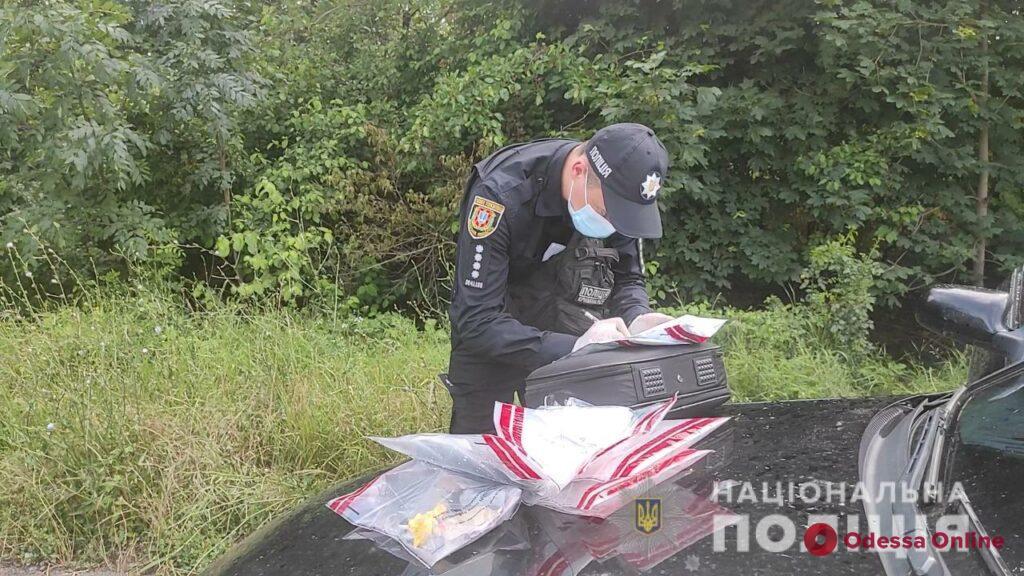 Каннабис, PVP, амфетамин: под Одессой задержали драгдилеров, которые снабжали наркотиками «курортников» (фото, видео)