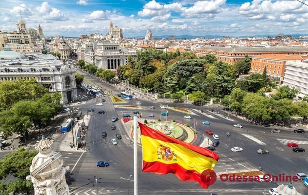 С 27 июля Испания открывает границу для украинцев