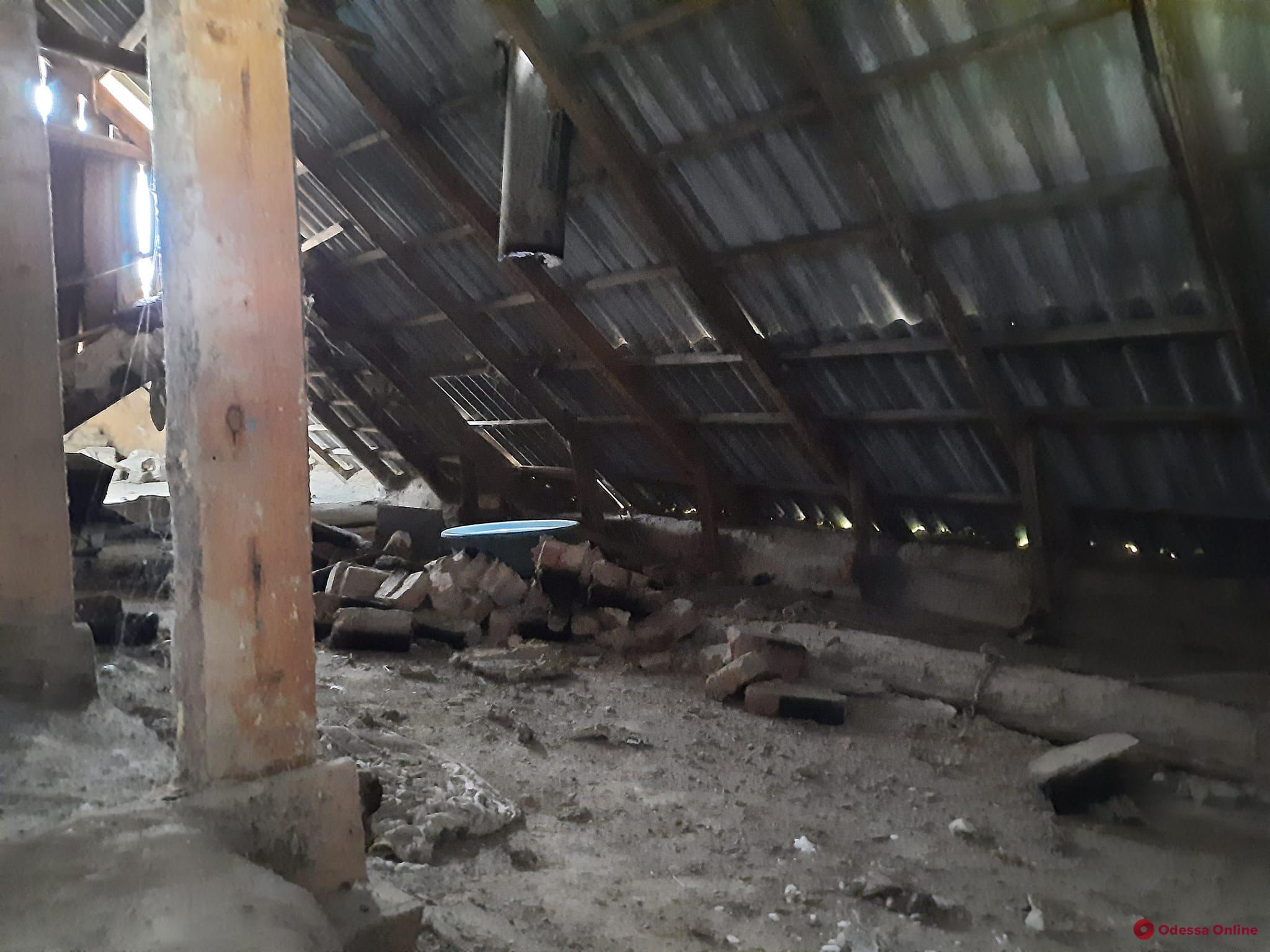 На юге Одесской области молния подожгла частный дом