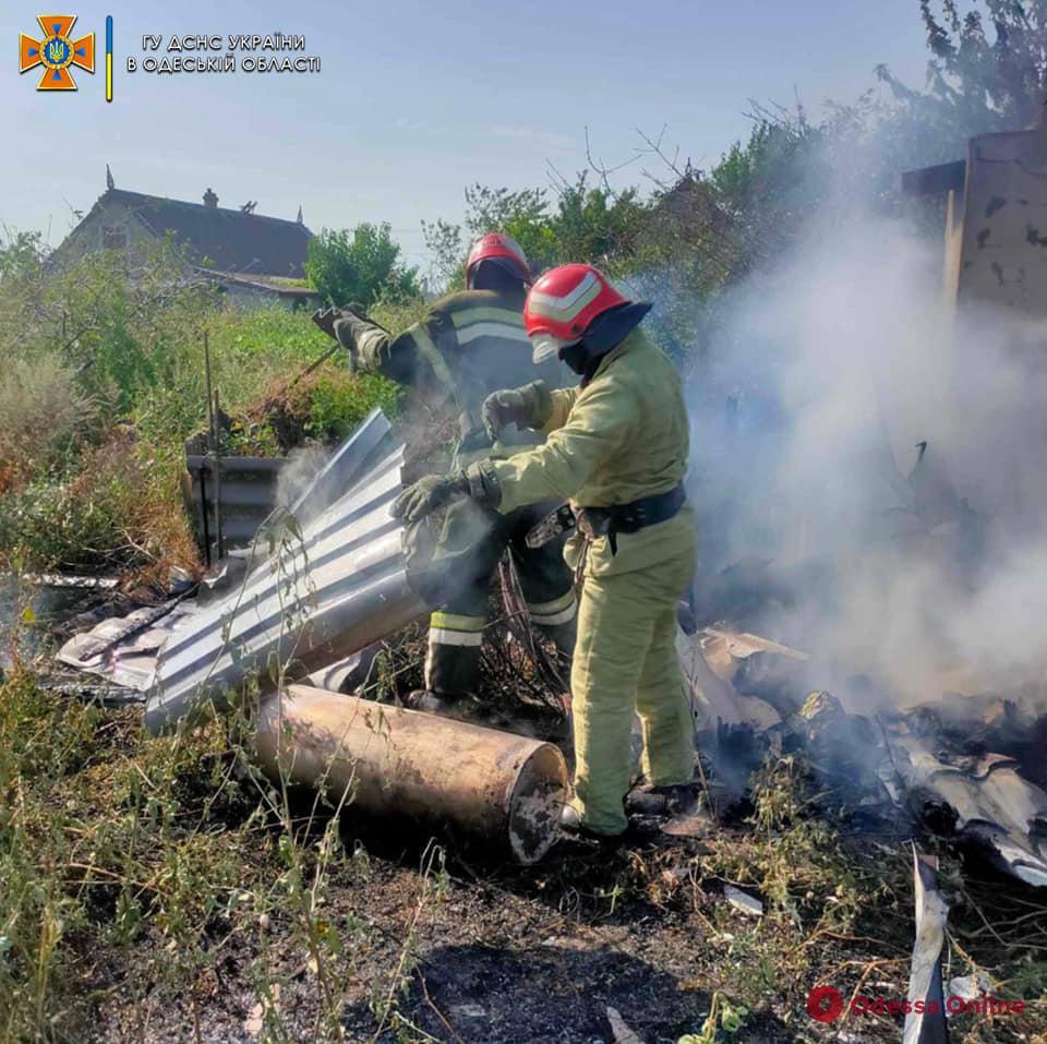 Остались без дров: в селе Роксоланы дотла сгорел сарай